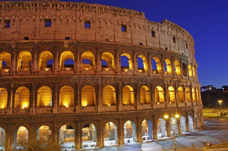 De Scène van de nacht in Colosseum royalty-vrije stock foto