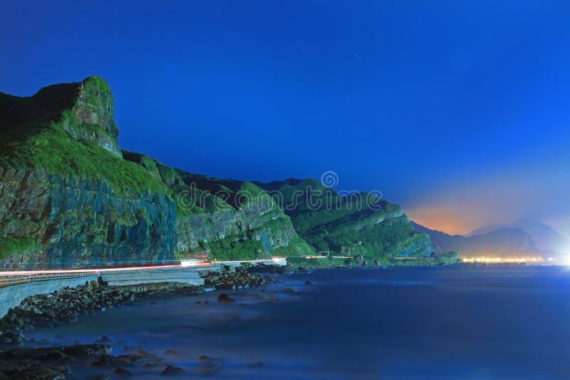 De Scène van de nacht van Kust in Taiwan stock fotografie