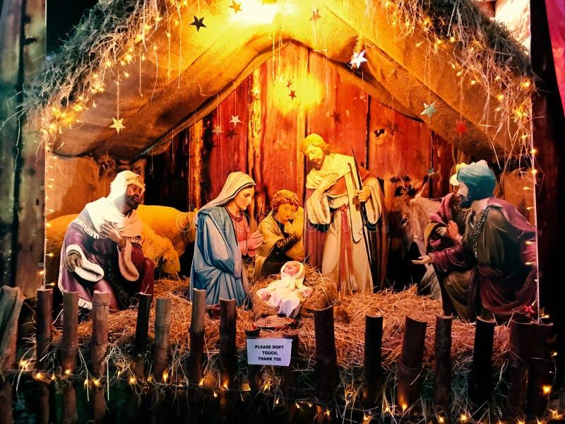 De scène van de Kerstmisgeboorte van christus met baby stock foto