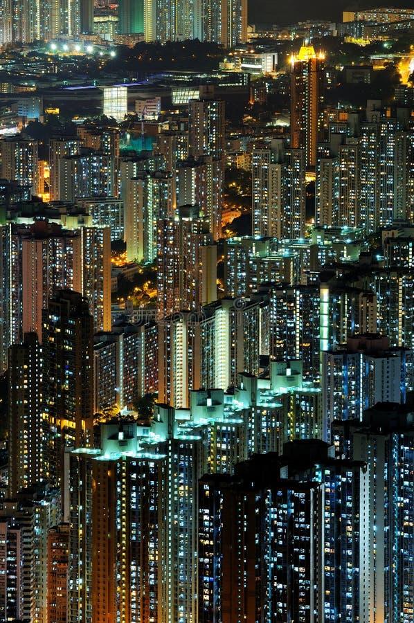 De scènes van de nacht van high-density gebouwen stock foto's