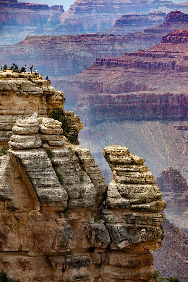 De schaal en de kleuren van Grand Canyon stock foto's