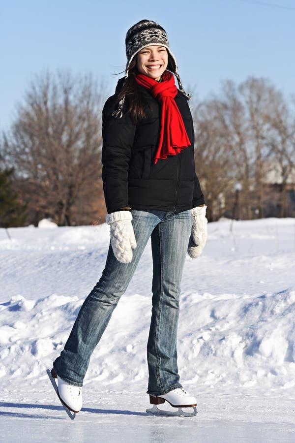 De Schaatsende Vrouw van het ijs stock afbeelding