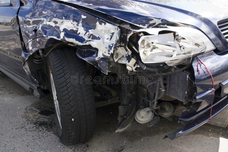 De schade van de neerstortingsauto stock afbeelding