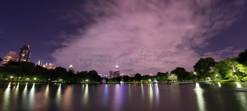 De Schemering Panarama van het Lumpinipark royalty-vrije stock afbeeldingen