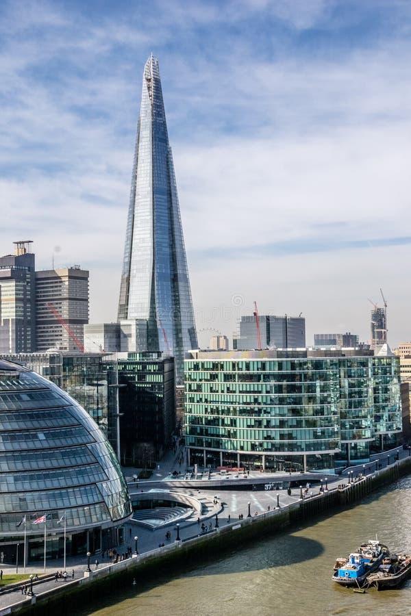 De Scherf, het langste gebouw in Londen stock foto's