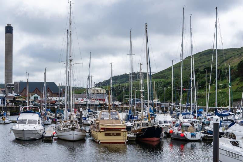 De schil is een kuststad en een kleine vissershaven op het Eiland Man, in de historische parochie van het Duits maar afzonderlijk royalty-vrije stock afbeeldingen