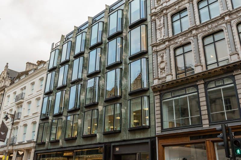 De schilderachtige gebouwen van Londen in recent Oktober royalty-vrije stock afbeeldingen
