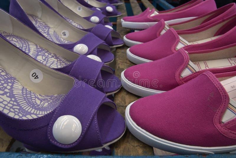 De schoenen van vrouwen stock fotografie