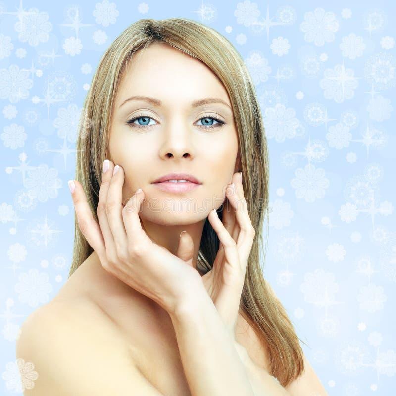 De schoonheid van de winter - maniervrouw royalty-vrije stock foto