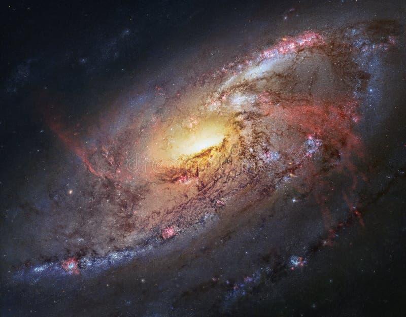 De schoonheid van het heelal: Reusachtige en gedetailleerde Spiraalvormige Melkweg M106 stock afbeeldingen