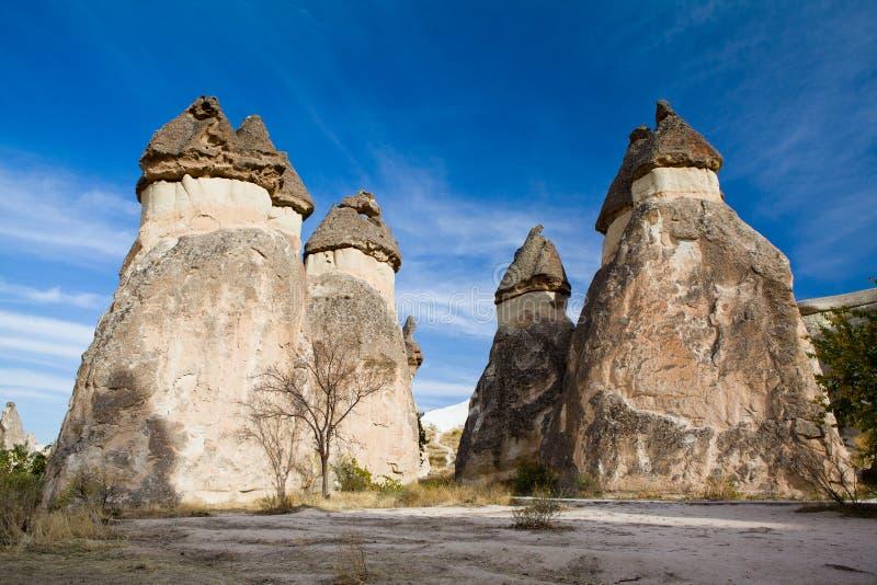 De schoorstenen van de fee in Cappadocia royalty-vrije stock afbeeldingen