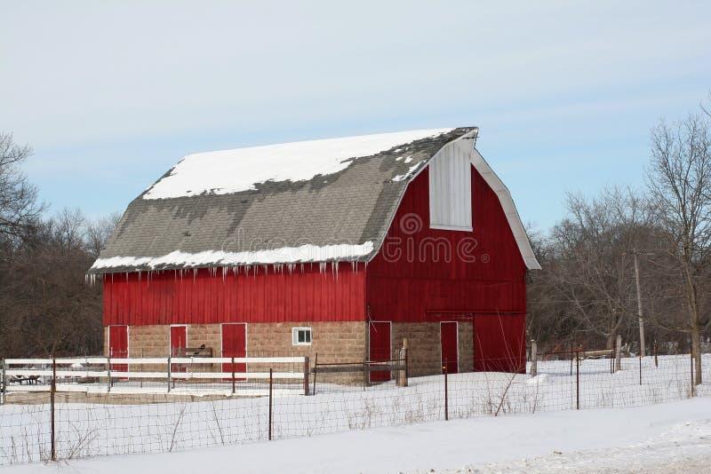 De Schuur van de winter royalty-vrije stock afbeeldingen