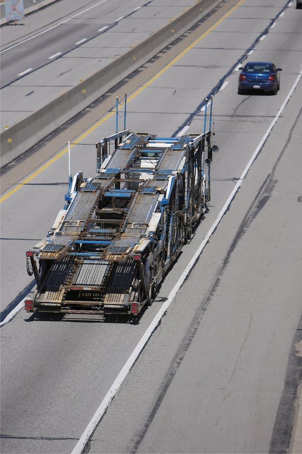 De semi Auto-carrier van de Vrachtwagen royalty-vrije stock afbeelding