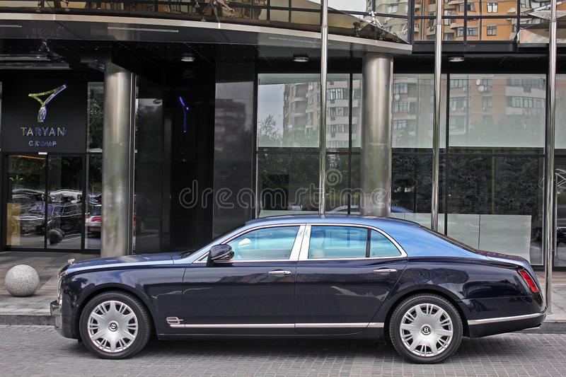 2 de setembro de 2017, Kiev - Ucrânia; Bentley Mulsanne Sedan real fotos de stock
