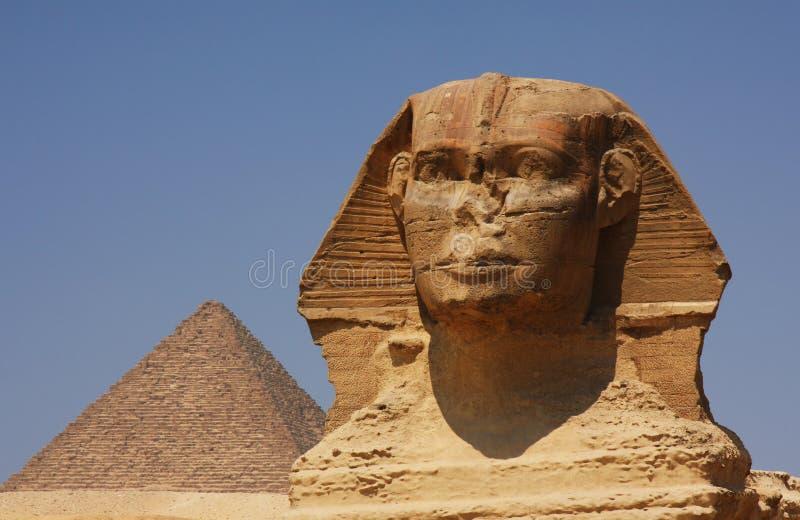 De sfinx en de Piramide in Egypte royalty-vrije stock foto