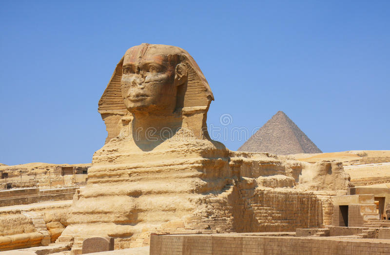 De Sfinx en de piramides in Egypte royalty-vrije stock afbeelding