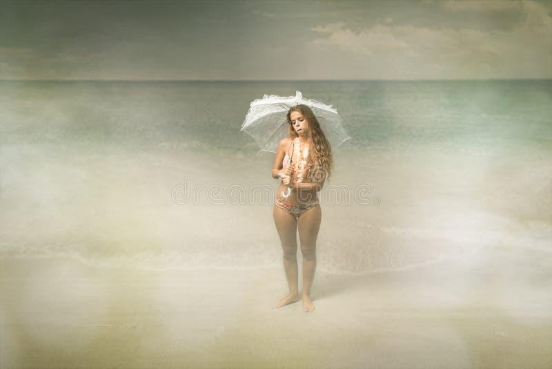 De situatie van het strand slechte weer royalty-vrije stock afbeeldingen