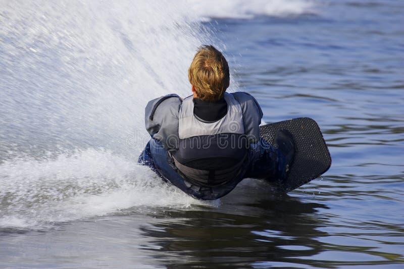 Download De skiër van het water stock foto. Afbeelding bestaande uit getrokken - 285834