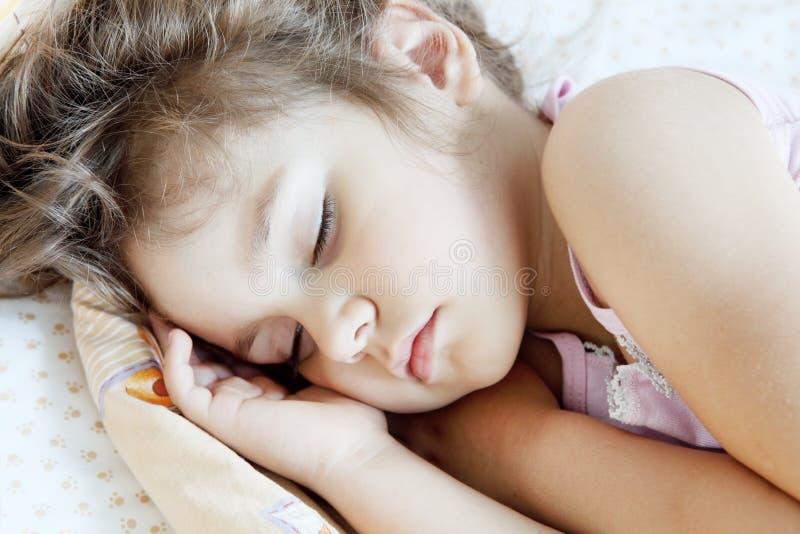 De Slaap van het meisje royalty-vrije stock fotografie