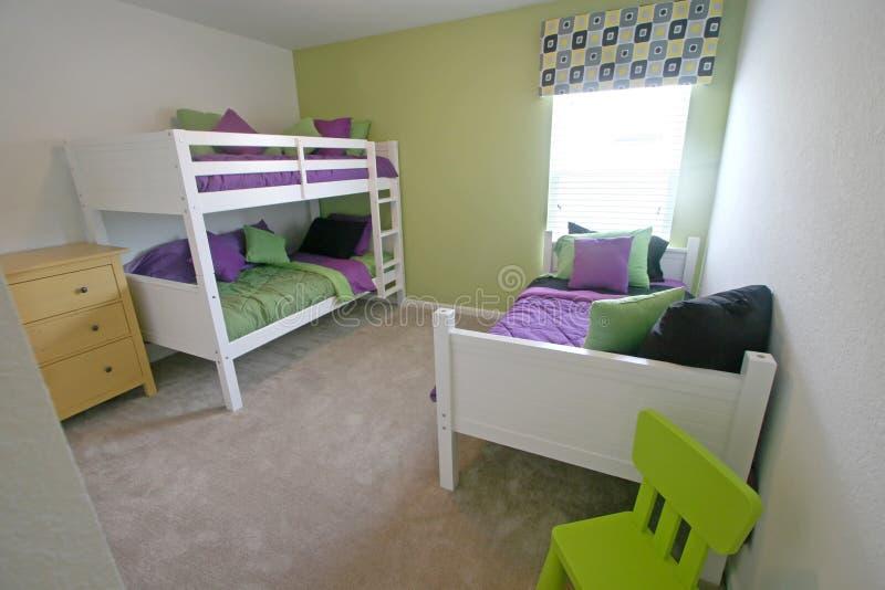 De Slaapkamer van de tweeling en van het Stapelbed royalty-vrije stock afbeeldingen