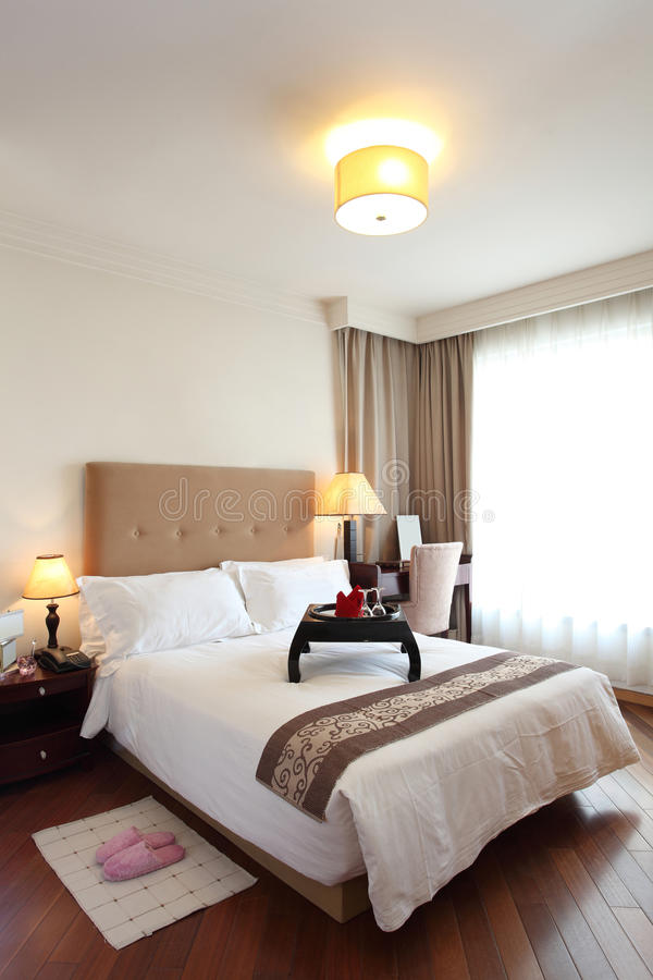 De slaapkamer van het hotel royalty-vrije stock afbeelding