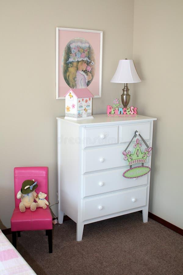 De slaapkamer van het meisje stock afbeeldingen
