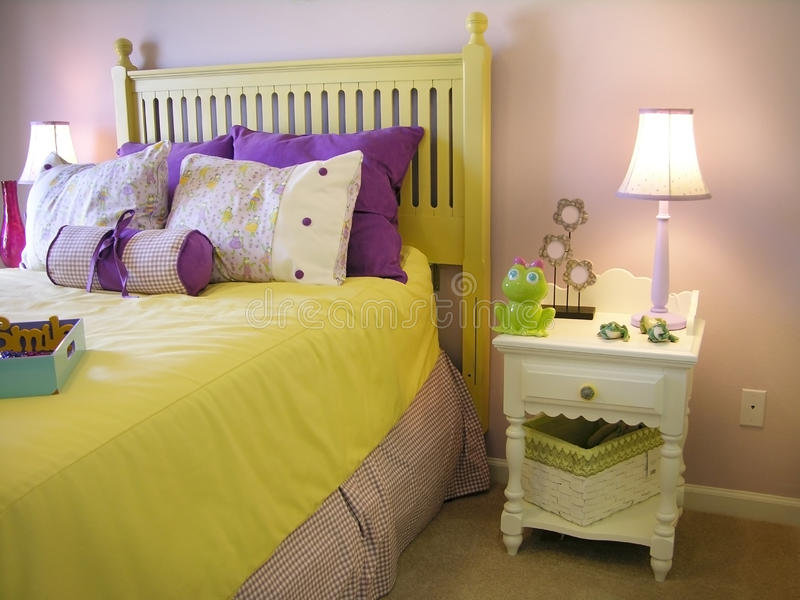 De slaapkamer van meisjes stock foto afbeelding bestaande uit ontwerp 9759522 - Meisjes slaapkamer decoratie ...