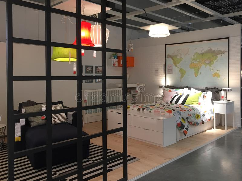 De slaapkamerontwerp van Nice bij opslag IKEA royalty-vrije stock afbeelding