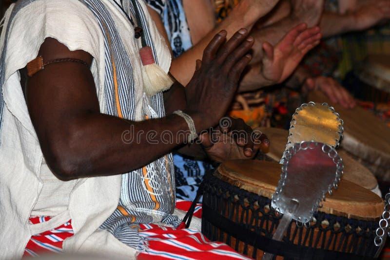 De Slagwerker van Djembe royalty-vrije stock foto