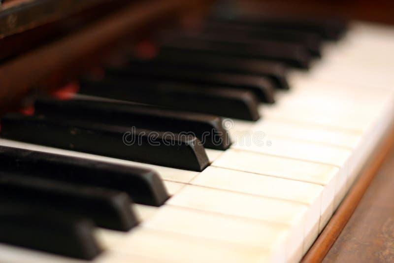 Download De sleutels van de piano stock afbeelding. Afbeelding bestaande uit jazz - 89779