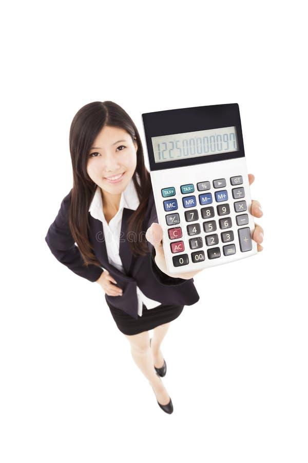 De slimme calculator van de bedrijfsvrouwenholding royalty-vrije stock fotografie