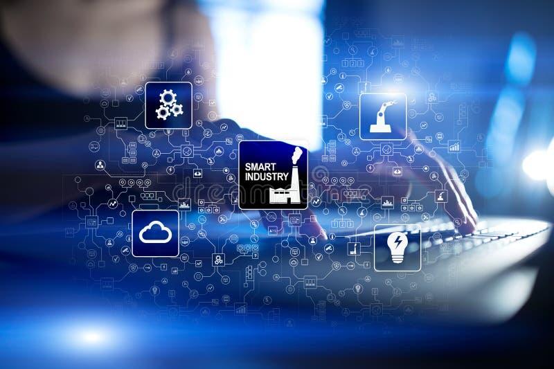 De slimme industrie Industriële en technologieinnovatie Modernisering en automatiseringsconcept Internet IOT stock foto