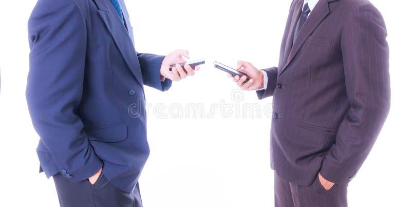 De slimme telefoon van de bedrijfsmensensynchronisatie stock afbeelding
