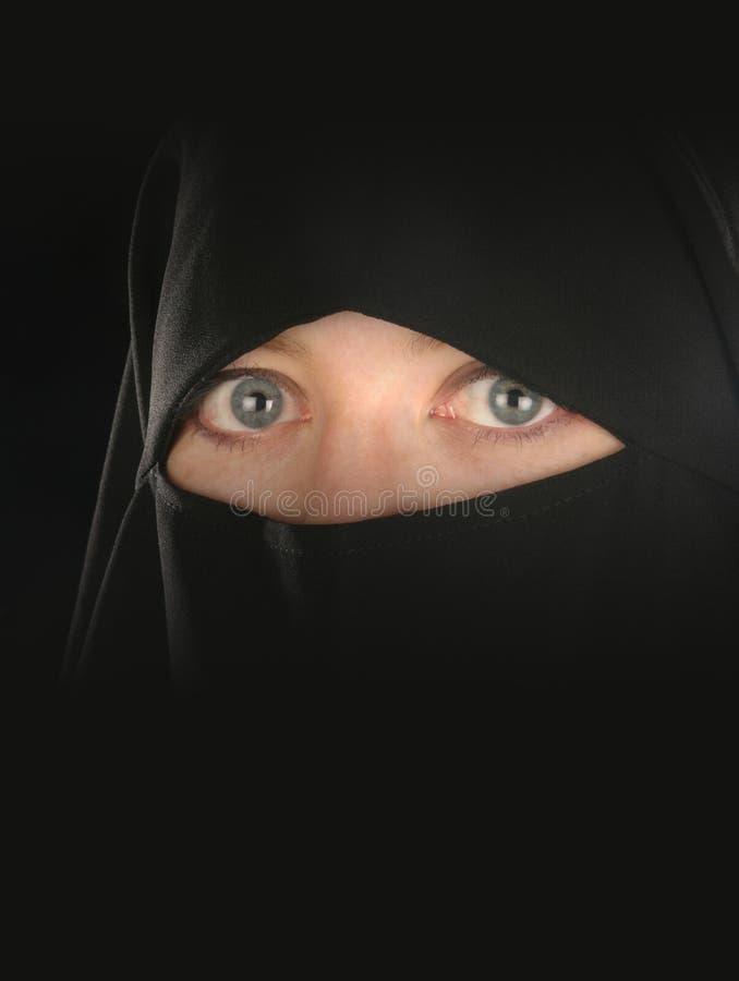 De sluier van de moslimvrouw stock afbeelding