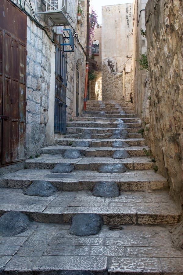 De smalle straat in het Arabische kwart van Oud C royalty-vrije stock afbeeldingen