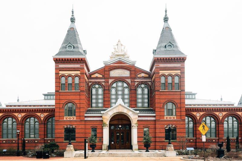 De Smithsonian konsterna och branscherna som bygger, på National Mall, i Washington, DC arkivfoto