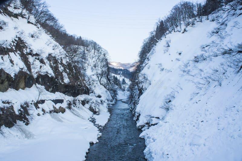 De Sneeuw bij Kiyotsu-rivier royalty-vrije stock foto