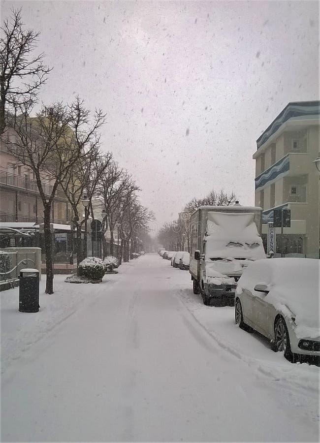 De sneeuw ligt de manier stock afbeeldingen