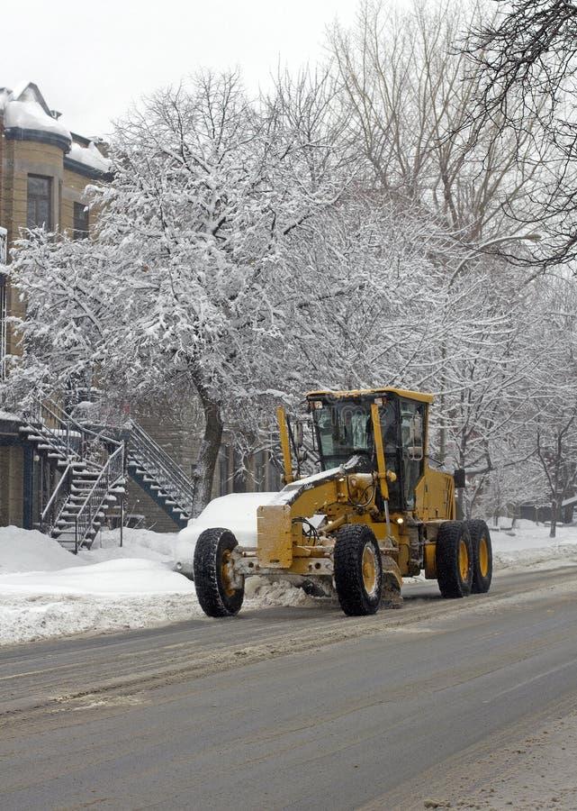 De sneeuw van de stad het schoonmaken royalty-vrije stock foto's