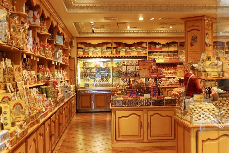 De snoepwinkel zoete winkel van Barcelona Spanje stock foto