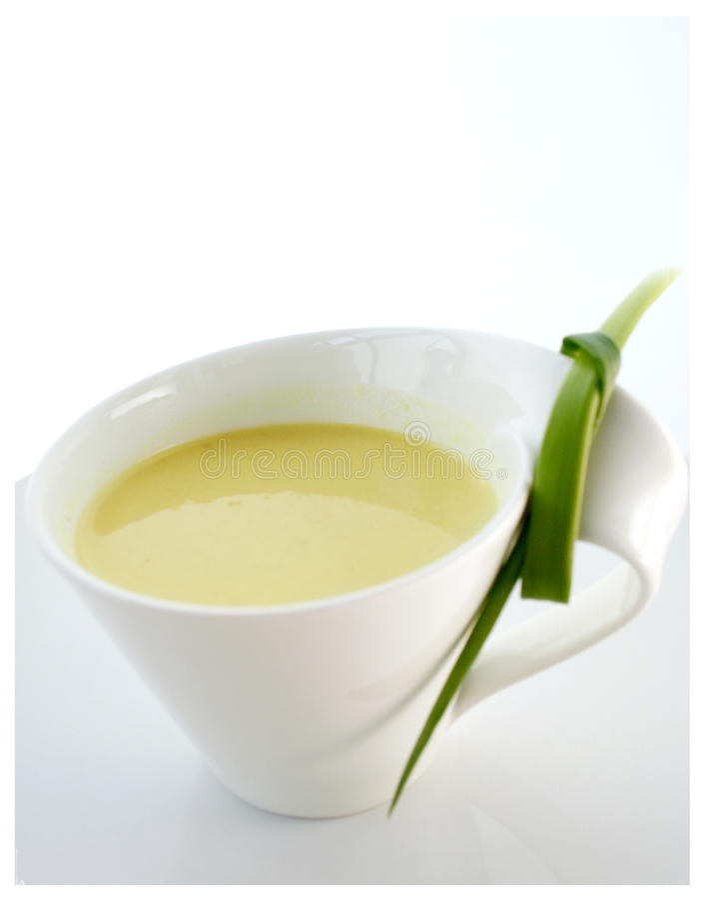 De soep van de bloemkool stock afbeeldingen