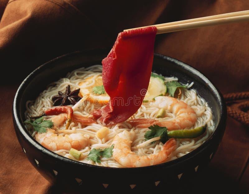 De soep van de noedel