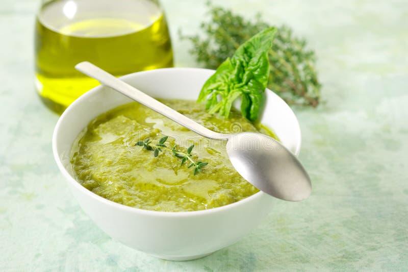 De soep van de spinazie royalty-vrije stock foto's