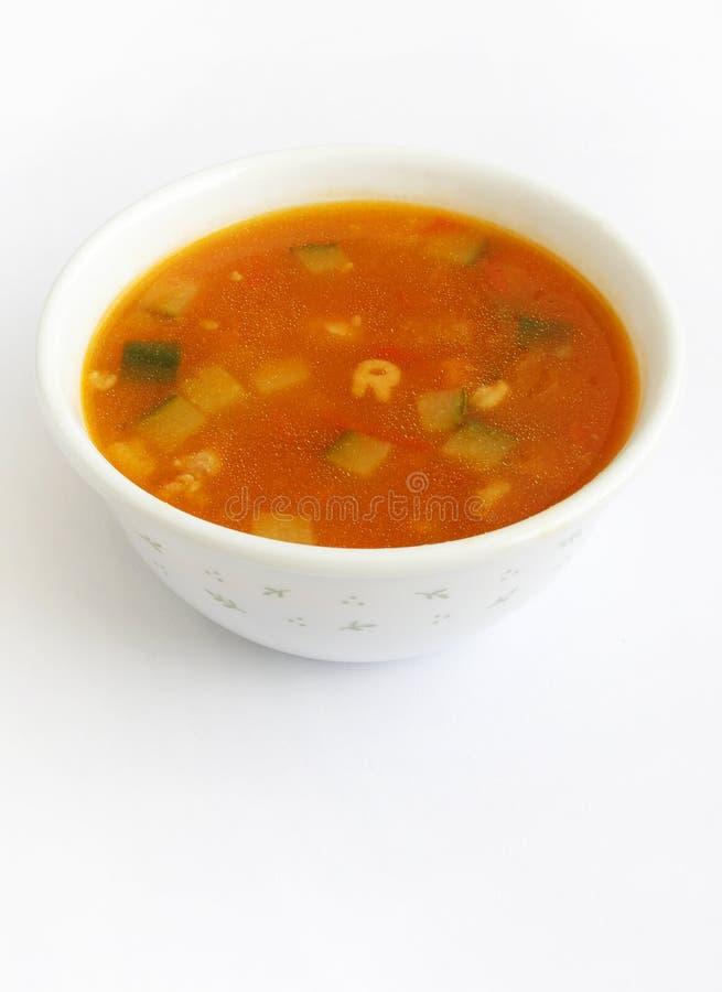 De soep van de tomaat met groenten stock afbeelding