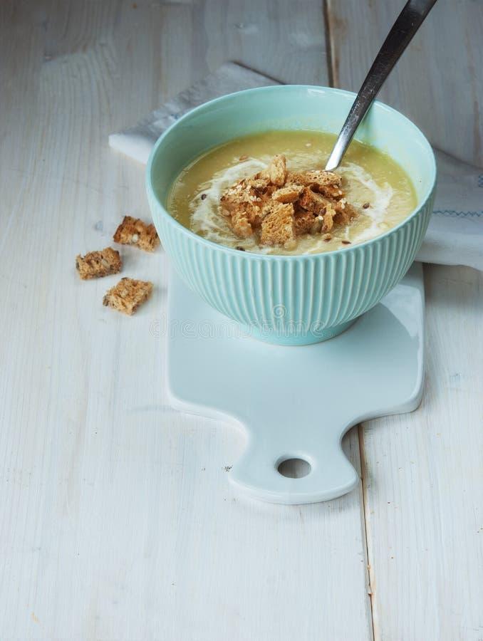 De soep van de preiroom stock foto