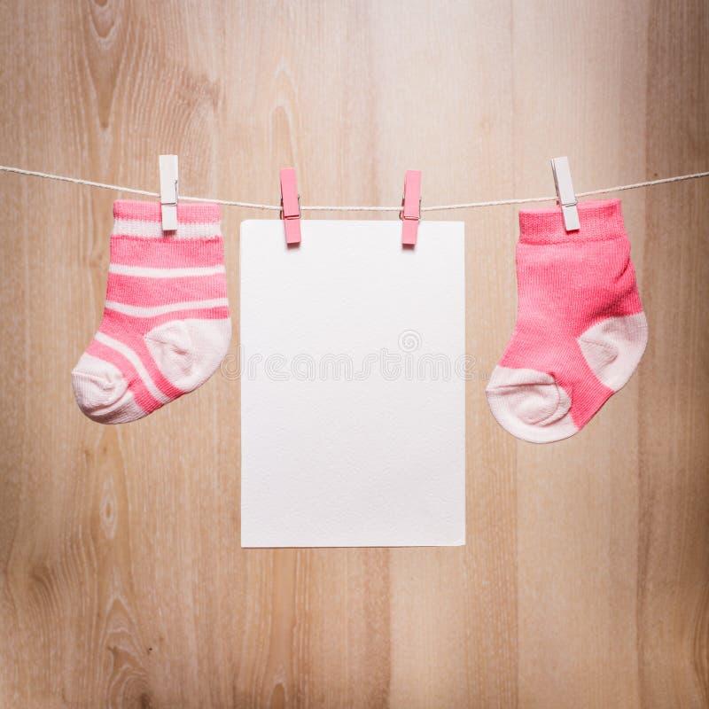 De sokken van het babymeisje stock fotografie
