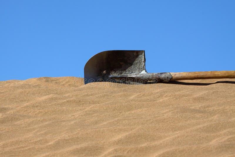 De spade in woestijn stock foto's