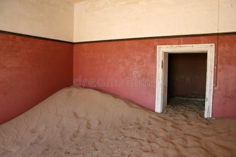 De Spookstad van Kolmanskop, Namibië stock foto's