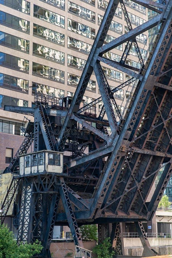 De Spoorwegbrug van de Kinziestraat, Chicago stock afbeeldingen