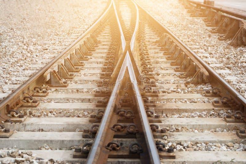 De spoorwegspoor van de treinspoorweg voor verbinding royalty-vrije stock afbeeldingen